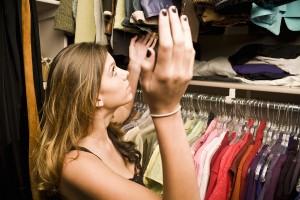 How to Declutter a Closet