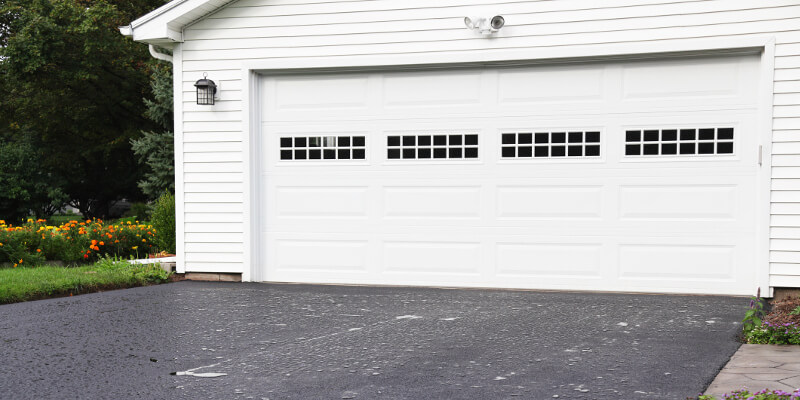 For a Garage Door Company that Inspires Confidence, Choose 31-W Insulation in Pensacola, FL